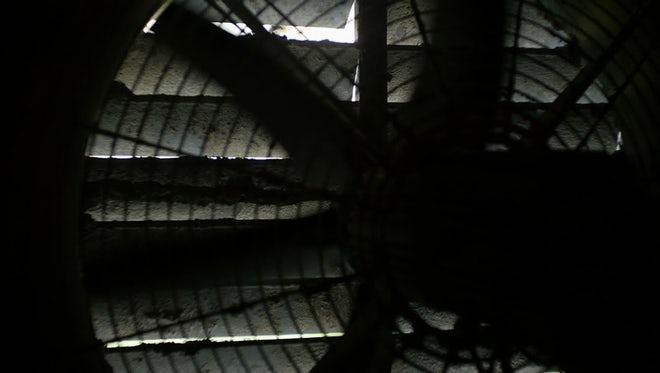 Industrial Fan Spinning Closeup: Stock Video