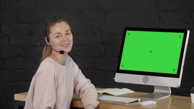 Smiling Call Center Operator: Stock Video