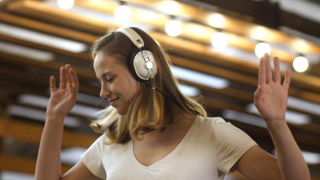 Girl In Headphones: Stock Video