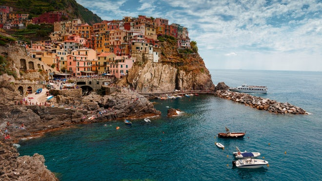 Time Lapse Of Manarola Village : Stock Video